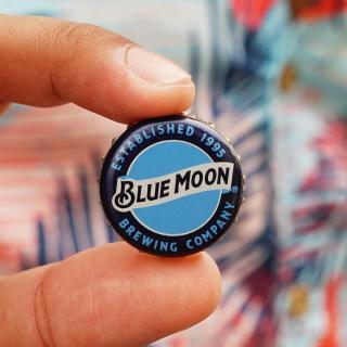 Blue Moon was established in 1995.  #CraftBeer #ArtfullyCrafted #BlueMoonBeerUK  Please Drink Responsibly.