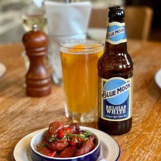 We've missed this!   📸 :@gomshallmill   #BlueMoon #Beer #CraftBeer #ArtfullyCrafted #BlueMoonBeerUK  Please Drink Responsibly