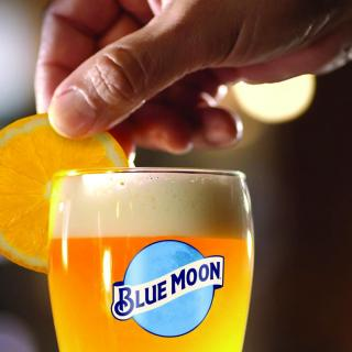 Blue Moon is going green! You can enjoy our Belgian White beer in the UK knowing that it's now made with 100% renewable electricity sources  #BlueMoon #BlueMoonBeer #CraftBeer #GreenEnergy #GoGreen #RenewableEnergy   Please Drink Responsibly