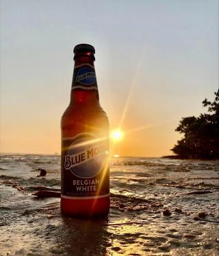 The perfect match for the golden hour is happy hour.