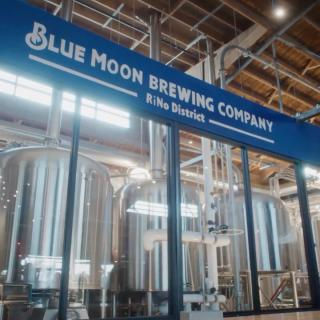 """👋 Meet the Blue Moon Brewers from RiNo Brewery, Denver. """"Being here inspires us to be more creative and gives us license to experiment."""" #CraftBeer #ArtfullyCrafted #BlueMoonBeerUK  Please Drink Responsibly. Brewed in the UK."""