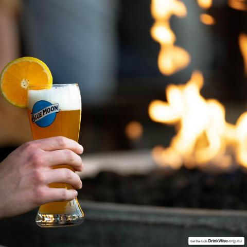 Roaring fire and a cold Blue Moon - name a better duo!  #bluemoonaus