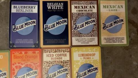 🍺 ¿Cuál te tomarás hoy?  𝙈𝘼𝙉𝙂𝙊 𝙒𝙃𝙀𝘼𝙏 𝗠𝗘𝗫𝗜𝗖𝗔𝗡 𝗟𝗔𝗚𝗘𝗥 𝘽𝙇𝙊𝙊𝘿 𝙊𝙍𝘼𝙉𝙂𝙀 - 𝙋𝙖𝙡𝙚 𝘼𝙡𝙚 𝗧𝗔𝗡𝗚𝗘𝗥𝗜𝗟𝗟𝗢 𝙄𝘾𝙀𝘿 𝘾𝙊𝙁𝙁𝙀𝙀  𝘽𝙡𝙤𝙣𝙙𝙚 𝗟𝗘𝗠𝗢𝗡𝗗𝗥𝗢𝗣 𝗣𝗶𝗹𝘀𝗻𝗲𝗿 𝘽𝙀𝙇𝙂𝙄𝘼𝙉 𝙒𝙃𝙄𝙏𝙀 𝗪𝗘𝗦𝗧 𝗖𝗢𝗔𝗦𝗧 - 𝗜𝗣𝗔 𝘽𝙇𝙐𝙀𝘽𝙀𝙍𝙍𝙔 𝘽𝙀𝙍𝙇𝙄𝙉𝙀𝙍 𝗠𝗘𝗫𝗜𝗖𝗔𝗡 𝗖𝗛𝗢𝗖𝗢𝗟𝗔𝗧𝗘  Botella de 25oz $13.00 y por $5.00 + te puedes llevar tu vaso #BlueMoon  D E L I V E R Y (área metropolitana) ➡️ 6322.5655 ➡️ De lunes a domingo ➡️ 12md a 7:30pm  #BlueMoonTapHouse #BlueMoonPanamá #BlueMoonDelivery #BlueMoonBrewingCo #artfullycrafted #BlueMoonRino #Delivery #Foodie #Beer #Beers #Cervezas #🍺