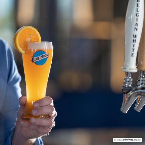Beer & an orange slice....who'd have thought it!   Have you tried a perfect serve of Blue Moon?